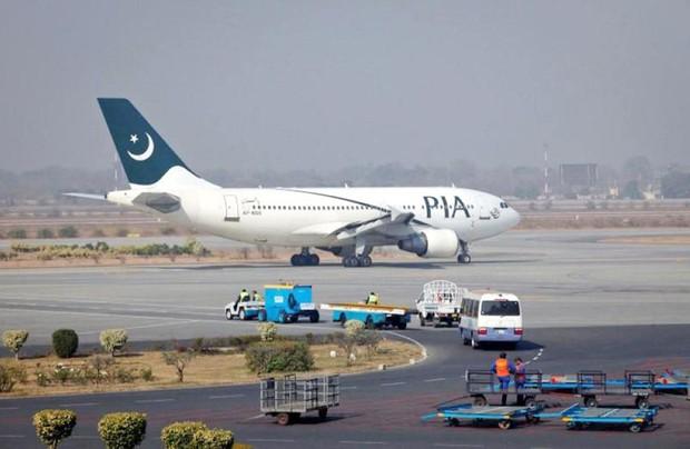 Nổ súng tại sân bay quốc tế ở Lahore (Pakistan) khiến 2 người chết - Ảnh 1.