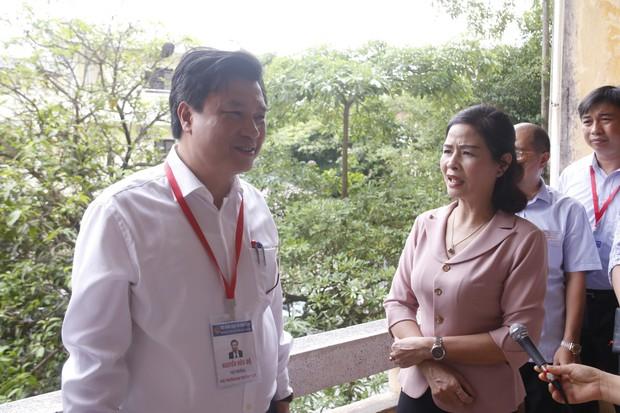 Thứ trưởng Nguyễn Hữu Độ: Chấm chặt quá thì thí sinh sẽ chịu thiệt thòi - Ảnh 2.