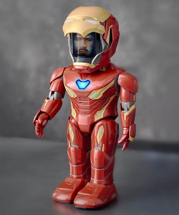 Xiaomi ra mắt robot Iron Man MARK50, có thể di chuyển, cử động tay chân nhưng mặt hơi thộn - Ảnh 1.