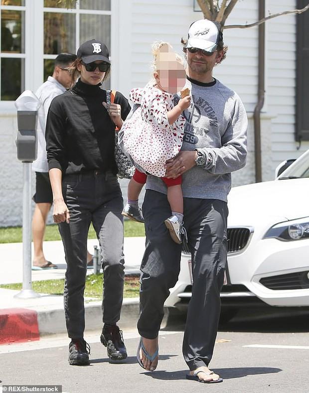 Siêu mẫu Irina Shayk xuất hiện xinh đẹp, rạng ngời, bất chấp tin Bradley Cooper tái hợp Lady Gaga - Ảnh 3.