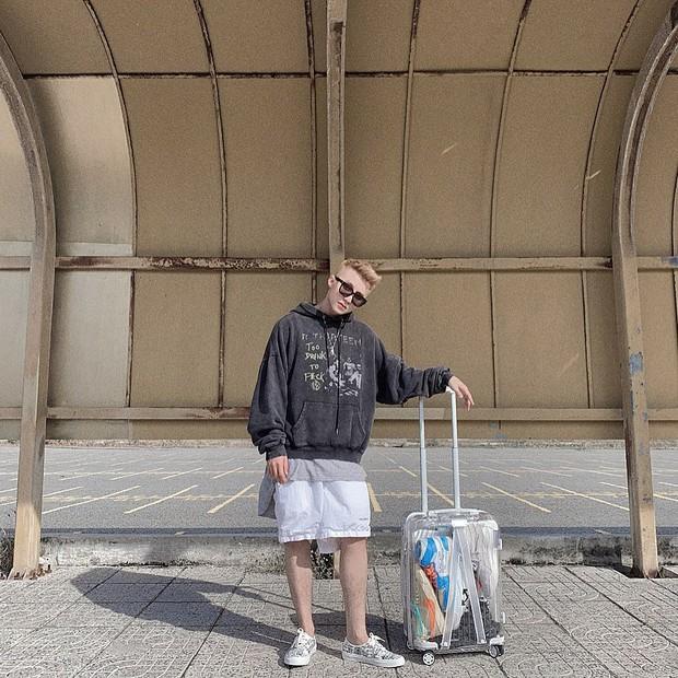 Soi từ A-Z gout du lịch và chụp ảnh của Sơn Tùng M-TP: Cực thích đi biển, chụp streetstyle và quan trọng nhất chính là điều này! - Ảnh 2.