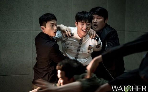 Xem Người Quan Sát chị em mãi không tập trung được vì chăm chăm tia body cực phẩm của mỹ nam Seo Kang Joon - Ảnh 10.