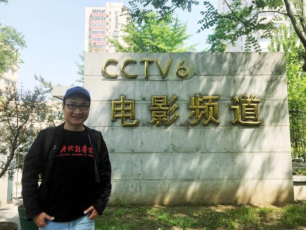 Chàng trai người Việt đầu tiên nhận HB thạc sĩ toàn phần tại Học viện Hý kịch TƯ tiết lộ bí mật chuyện học hành của Dịch Dương Thiên Tỷ, Hồ Tiên Hú - Ảnh 2.
