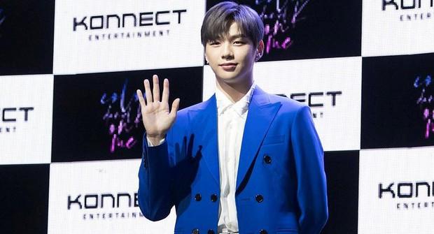 Cựu thành viên Wanna One ảnh hưởng đến việc ra mắt của Kang Daniel: Là động lực nhưng cũng gây áp lực lớn - Ảnh 2.