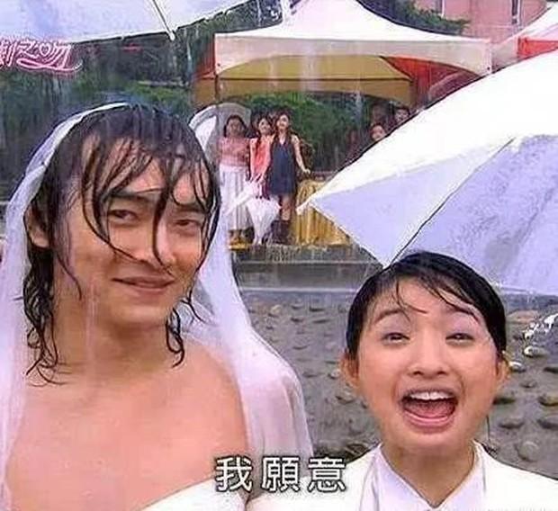 Thử thách nhan sắc dưới mưa của dàn sao Cbiz: Người đẹp đến nao lòng, kẻ nhếch nhác với mái tóc phản chủ - Ảnh 18.