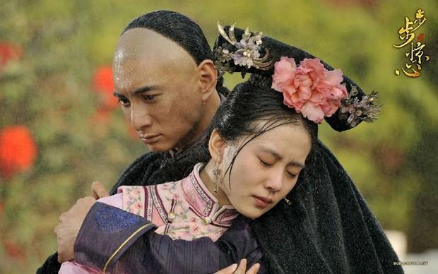 Thử thách nhan sắc dưới mưa của dàn sao Cbiz: Người đẹp đến nao lòng, kẻ nhếch nhác với mái tóc phản chủ - Ảnh 8.