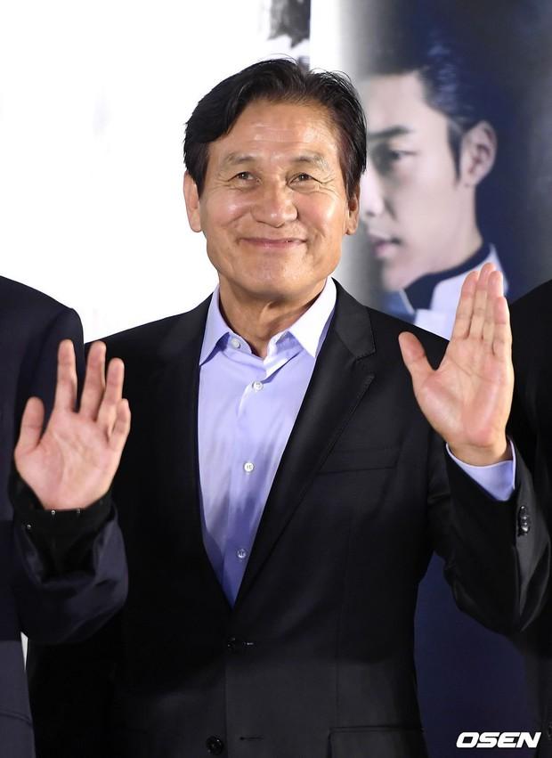 Sự kiện VIP hội tụ 30 sao khủng: Park Seo Joon mời V (BTS), tài tử Hậu duệ mặt trời, Kí sinh trùng và toàn mỹ nhân - Ảnh 23.