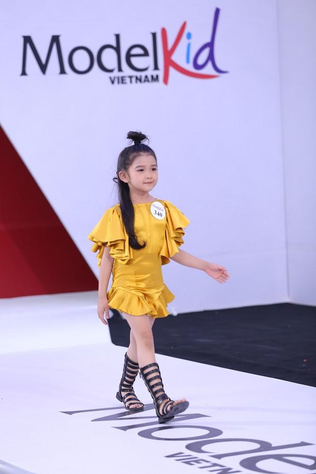 Model Kid Vietnam: Tại sao trẻ em cứ phải son phấn, mặc đồ người lớn mới được công nhận là mẫu nhí? - Ảnh 7.
