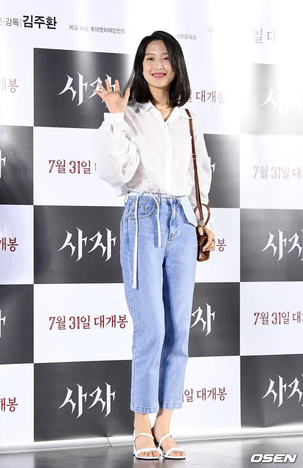 Sự kiện VIP hội tụ 30 sao khủng: Park Seo Joon mời V (BTS), tài tử Hậu duệ mặt trời, Kí sinh trùng và toàn mỹ nhân - Ảnh 16.