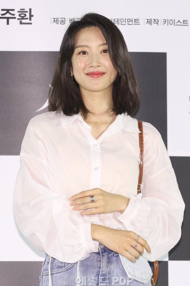 Sự kiện VIP hội tụ 30 sao khủng: Park Seo Joon mời V (BTS), tài tử Hậu duệ mặt trời, Kí sinh trùng và toàn mỹ nhân - Ảnh 17.