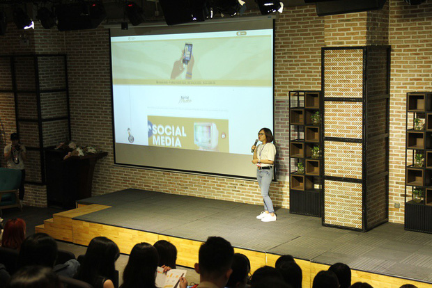 Trang Hý lần đầu tiên bật mí cách kiếm tiền online tại hội thảo về GenZ! - Ảnh 1.