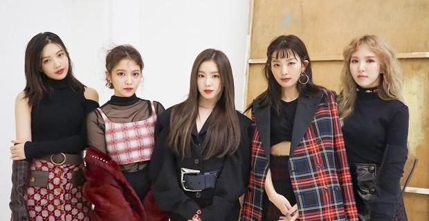 Red Velvet: Lúc debut tưởng như có tất cả, sau 5 năm lại lép vế hẳn so với TWICE và BLACKPINK, vì đâu nên nỗi? - Ảnh 14.