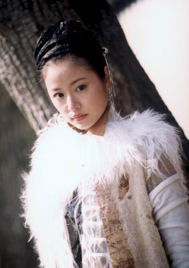7 gương mặt đẹp nhất 15 năm trước: Dương Mịch đứng cuối, top 1 ai ai cũng phải công nhận - Ảnh 5.