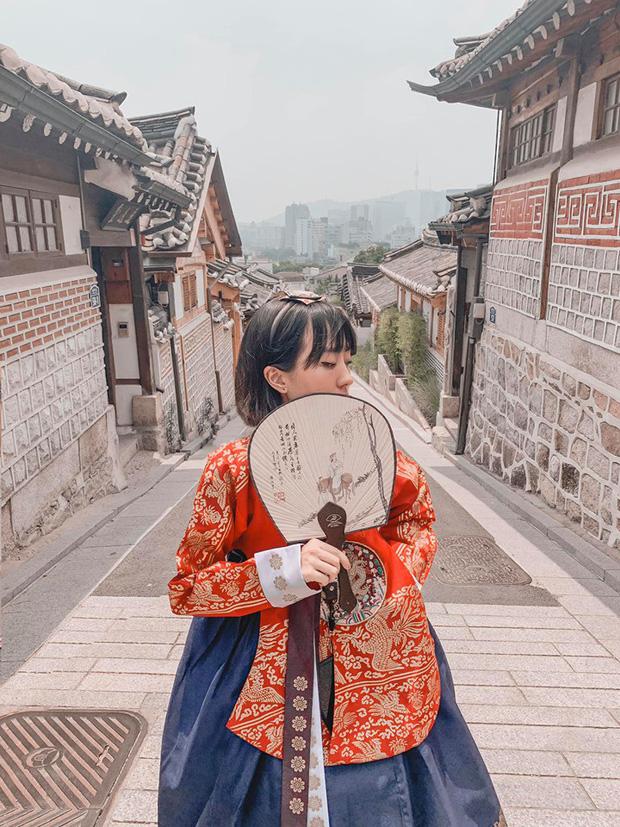 Kinh nghiệm xương máu của gái xinh đi du lịch Hàn Quốc: Đừng chỉ chăm chăm check-in thôi, hãy ăn thật nhiều vào! - Ảnh 1.