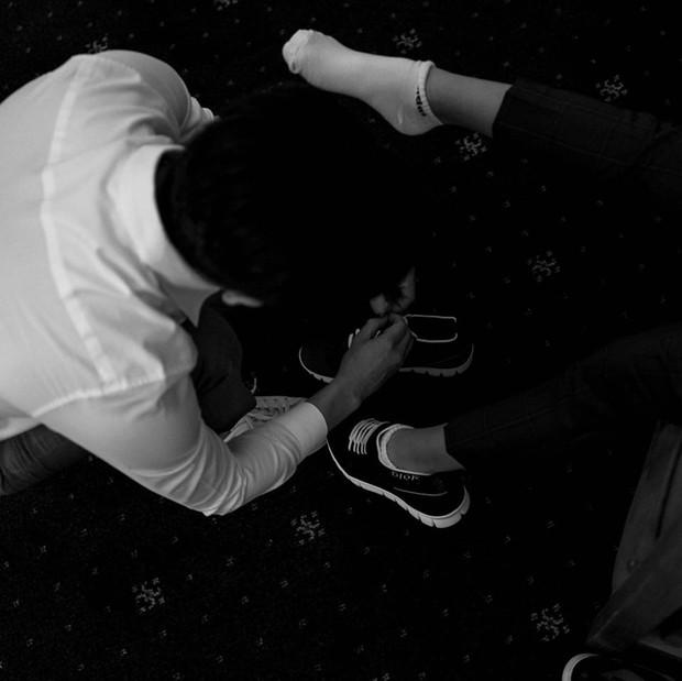 Tan chảy trước khoảnh khắc Cường Đô La cột dây giày cho con trai Subeo trong hôn lễ của mình cùng Đàm Thu Trang - Ảnh 3.