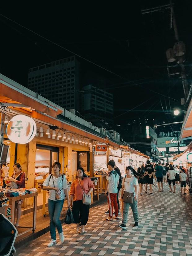 Kinh nghiệm xương máu của gái xinh đi du lịch Hàn Quốc: Đừng chỉ chăm chăm check-in thôi, hãy ăn thật nhiều vào! - Ảnh 12.