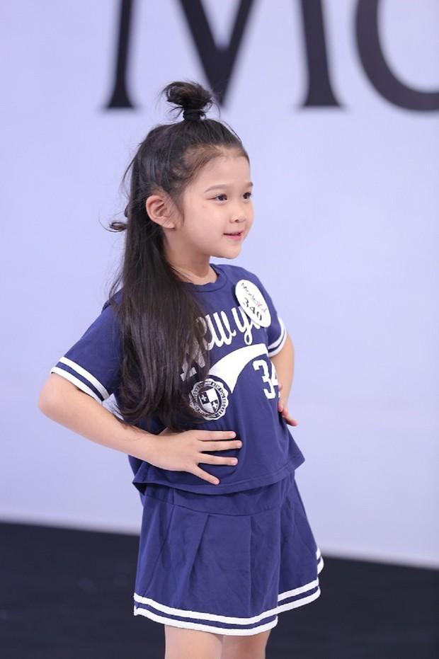 Model Kid Vietnam: Tại sao trẻ em cứ phải son phấn, mặc đồ người lớn mới được công nhận là mẫu nhí? - Ảnh 9.