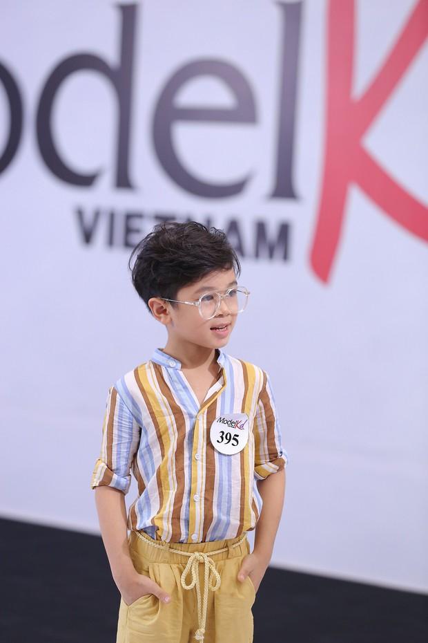 Model Kid Vietnam: Tại sao trẻ em cứ phải son phấn, mặc đồ người lớn mới được công nhận là mẫu nhí? - Ảnh 13.