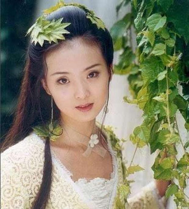 7 gương mặt đẹp nhất 15 năm trước: Dương Mịch đứng cuối, top 1 ai ai cũng phải công nhận - Ảnh 3.