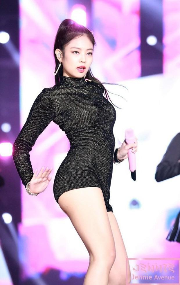 Những nữ idol có vòng eo con kiến đẹp nhất Kpop: Có người chỉ mới 15 tuổi, liệu Jennie có xuất sắc nhất? - Ảnh 2.
