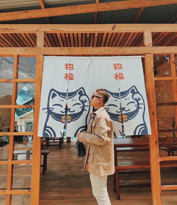 """Lên Đà Lạt làm bạn với cá Koi, Kỳ Duyên và Minh Triệu khiến fan """"ngất lịm"""" trước quán cafe style Nhật cực hot này! - Ảnh 25."""