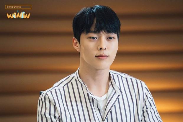 Bất chấp sức công phá của Hotel Del Luna, Ong Seung Woo vẫn chiếm trọn No.1 con cưng khán giả hot nhất tuần! - Ảnh 9.
