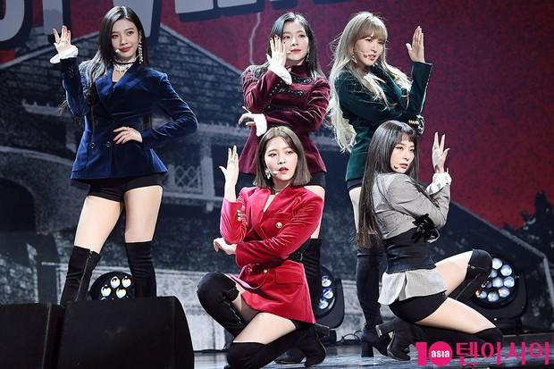 Red Velvet: Lúc debut tưởng như có tất cả, sau 5 năm lại lép vế hẳn so với TWICE và BLACKPINK, vì đâu nên nỗi? - Ảnh 15.