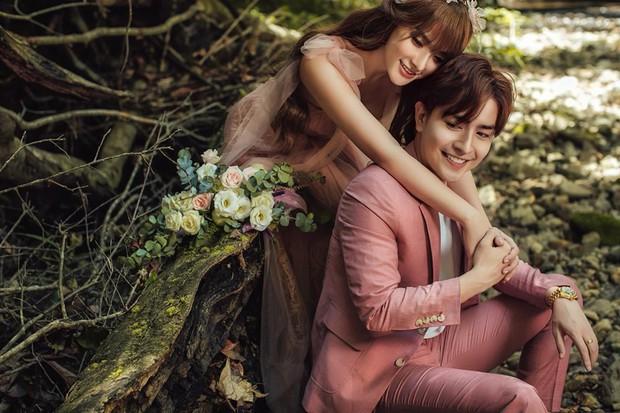 Sốt xình xịch loạt ảnh Thu Thủy hạnh phúc tổ chức đám cưới với ông xã kém 10 tuổi ở Đà Lạt hôm nay - Ảnh 4.