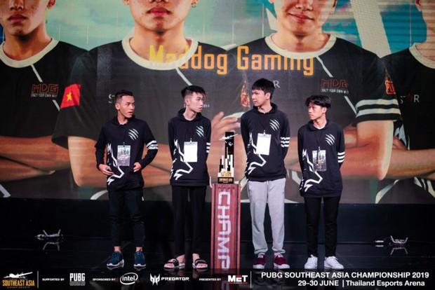 Độ Mixi cùng các tuyển thủ PUBG Việt Nam thất bại hoàn toàn trên đất Thái, bỏ lỡ giấc mơ dự MET Asian Series - Ảnh 6.