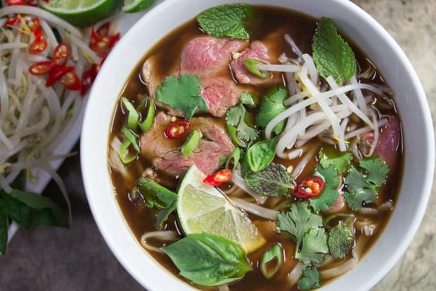 Ẩm thực Việt Nam tại Singapore tuy giữ được sự đa dạng nhưng liệu có chuẩn vị? - Ảnh 1.