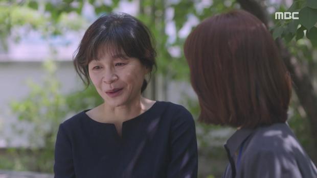 Hậu dằn mặt tình cũ, Han Ji Min chớp thời cơ cầu hôn luôn phi công Jung Hae In trong Đêm Xuân tập 13 - Ảnh 10.