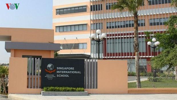 """Đà Nẵng: Phụ huynh tố trường quốc tế Singapore """"lạm thu"""" tiền đặt cọc - Ảnh 1."""