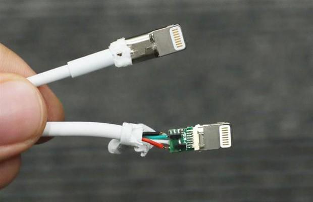 Giải phẫu cáp sạc iPhone hàng giả và hàng xịn, đừng bao giờ tiếc tiền cho phụ kiện công nghệ này - Ảnh 13.