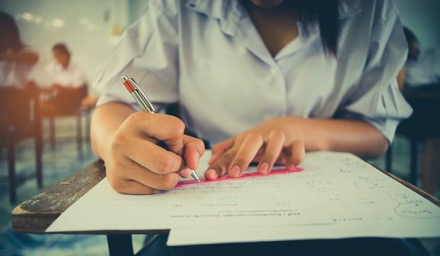 Học sinh rối loạn lo âu từ mẫu giáo, tự tử vì áp lực xuất sắc là cái giá mà Singapore phải trả để đứng đầu BXH giáo dục thế giới - Ảnh 3.