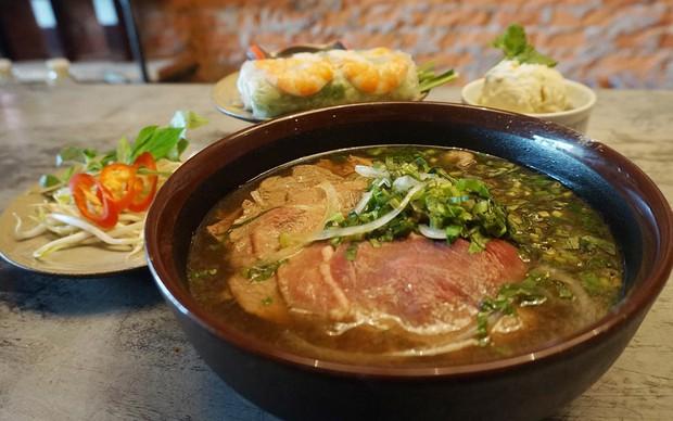 Ẩm thực Việt Nam tại Singapore tuy giữ được sự đa dạng nhưng liệu có chuẩn vị? - Ảnh 4.
