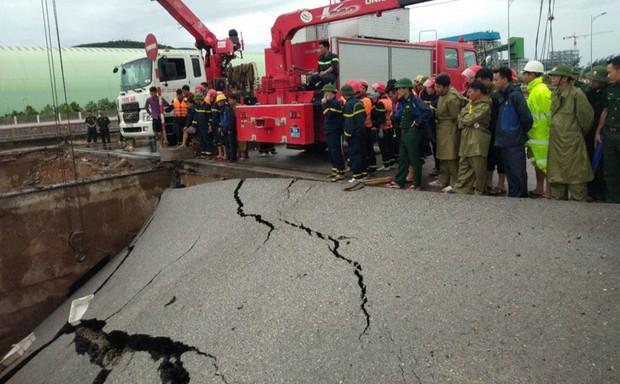 Thanh Hóa: Hố tử thần xuất hiện trong bão số 2 kéo 5 người đi đường rơi xuống, đôi vợ chồng tử vong thương tâm - Ảnh 4.