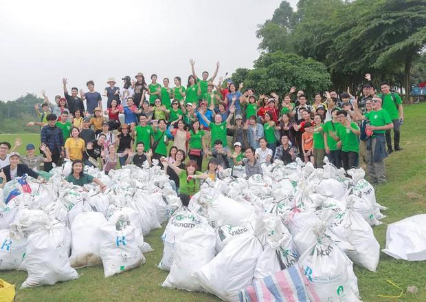 Dân tình rủ nhau đi dọn rác, cùng nhau tạo nên một cái kết ý nghĩa cho hành trình 1 tháng cùng Cuộc chiến trộm nhựa - Ảnh 1.