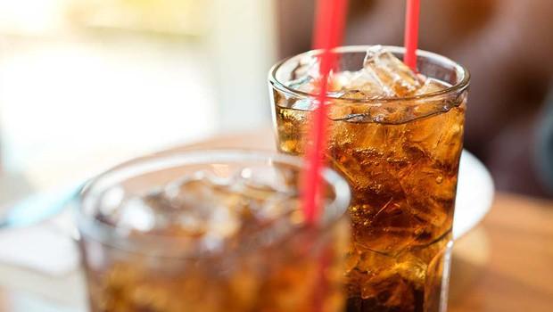 4 loại nước không nên uống ngay sau khi thức dậy kẻo gây hại sức khỏe nghiêm trọng - Ảnh 3.