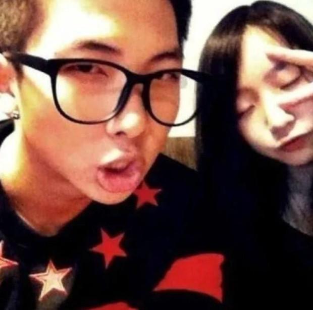 Dàn anh chị em ruột nhóm nhạc toàn cầu BTS: Chị gái thành viên giàu nhất sexy như idol, anh trai Jungkook quá tài - Ảnh 17.