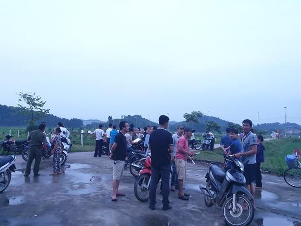 Người dân quanh bãi rác Nam Sơn đã dỡ lều bạt, thông đường xe rác sau chỉ đạo nóng của TP Hà Nội - Ảnh 1.
