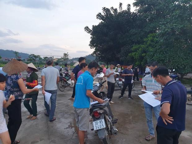Người dân quanh bãi rác Nam Sơn đã dỡ lều bạt, thông đường xe rác sau chỉ đạo nóng của TP Hà Nội - Ảnh 2.