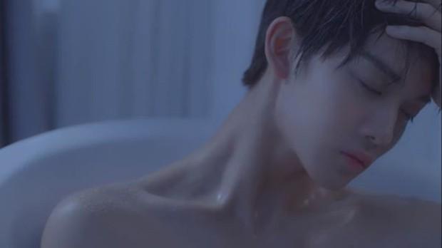 10 nam idol mặt đẹp đến mức được gọi là tượng tạc sống: Quá nhiều trai đẹp SM, nhưng mỹ nam BTS ấn tượng nhất - Ảnh 5.