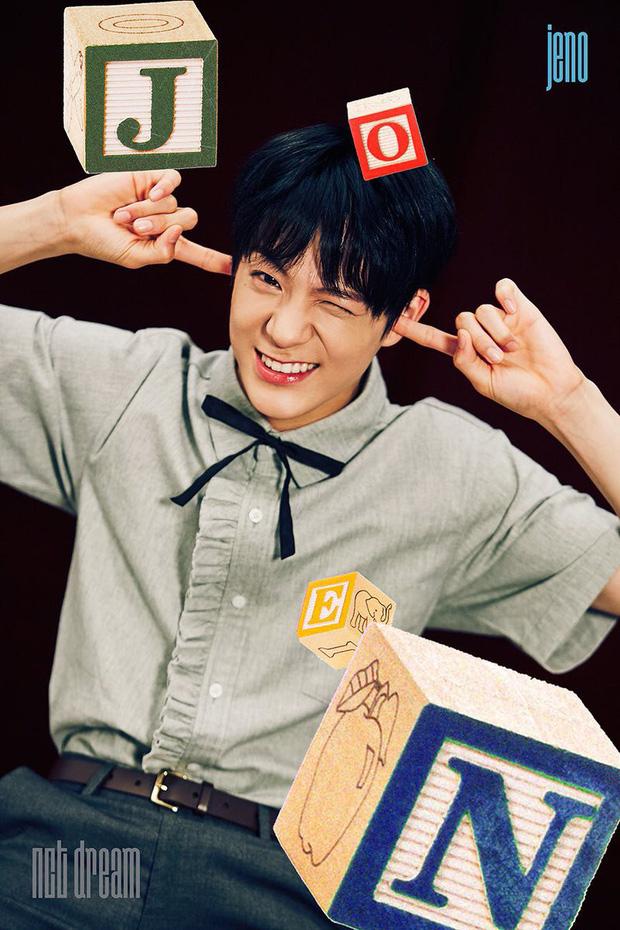 10 nam idol mặt đẹp đến mức được gọi là tượng tạc sống: Quá nhiều trai đẹp SM, nhưng mỹ nam BTS ấn tượng nhất - Ảnh 12.
