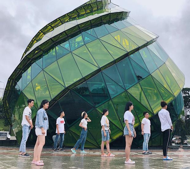 Trong lúc chờ điểm thi THPT Quốc gia thì làm gì: Hãy lên Đà Lạt và chụp bộ ảnh siêu chất như nhóm bạn này - Ảnh 12.