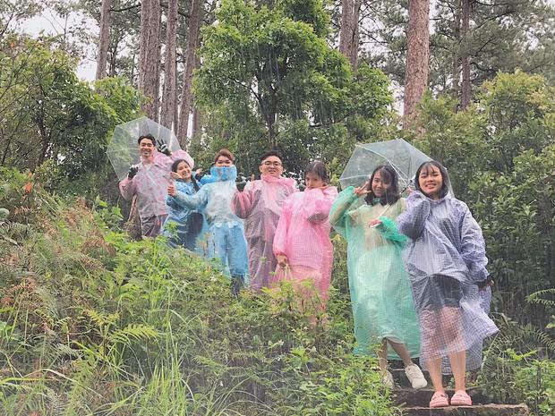 Trong lúc chờ điểm thi THPT Quốc gia thì làm gì: Hãy lên Đà Lạt và chụp bộ ảnh siêu chất như nhóm bạn này - Ảnh 7.