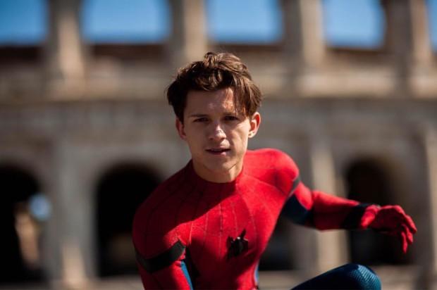 Cameo cực xịn trong FAR FROM HOME: Mối liên kết giữa nguyên tác và cú lừa của Marvel! - Ảnh 15.