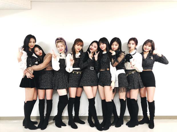 Tranh thủ BTS chưa bắt kịp, TWICE phá 2 kỉ lục của Red Velvet và NCT 127 dù chưa tung album mới ở Nhật - Ảnh 3.