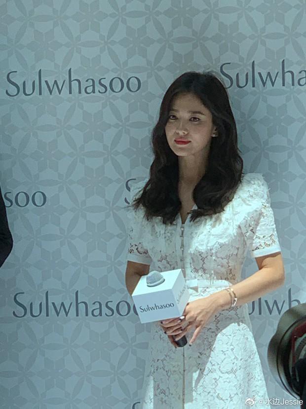 HOT: Song Hye Kyo lần đầu lộ diện sau vụ ly hôn ngàn tỷ, nhan sắc cực phẩm nhưng lại tiều tụy đến xót xa - Ảnh 5.