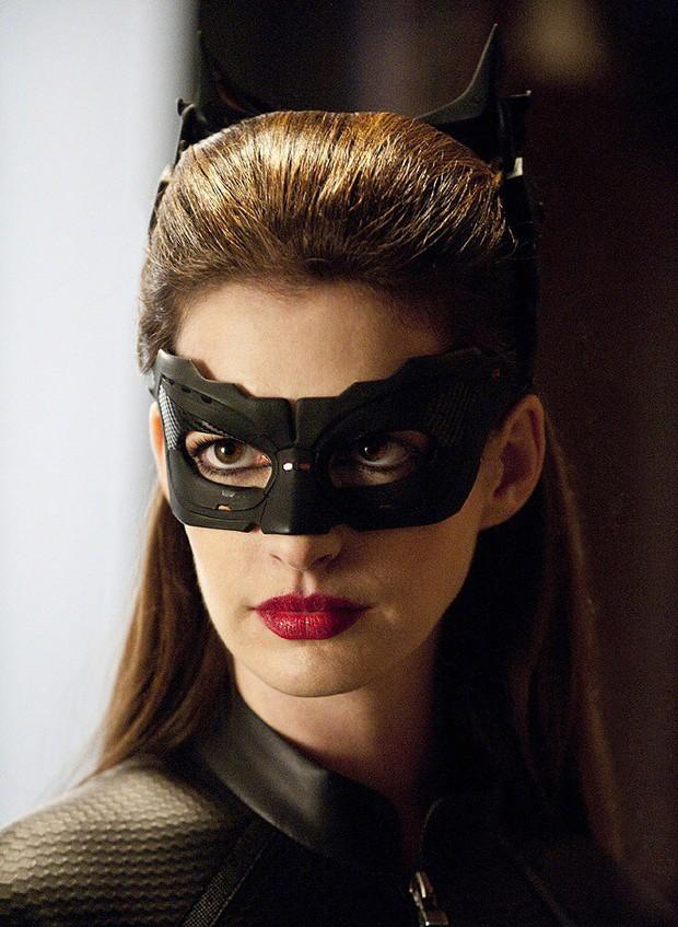 8 mỹ nữ được dự đoán cho Batman Robert Pattinson ăn hành: Số 7 làm đạo diễn rồi mà fan cứ gọi tên chị đi diễn! - Ảnh 1.