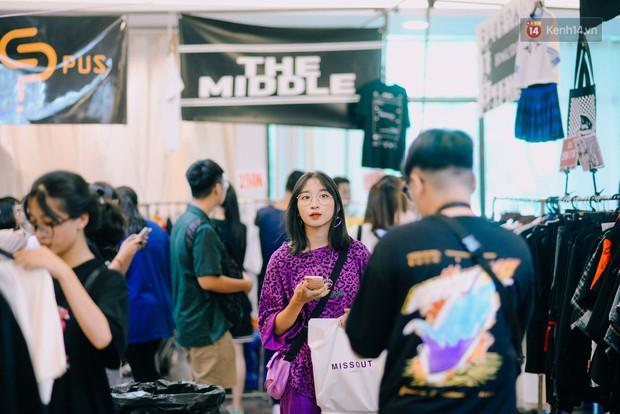 Trời Hà Nội có nắng nóng thì cũng chẳng nhiệt bằng không khí mua sắm, vui chơi của giới trẻ tại kì hội chợ The New District trong cuối tuần này - Ảnh 7.